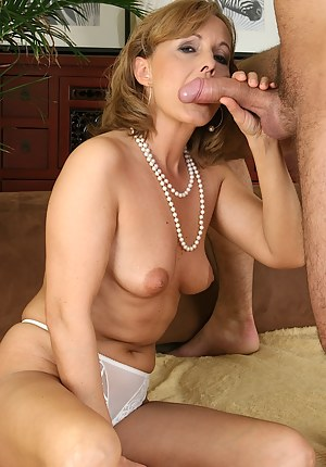 Pictures of mature fucking big cocks