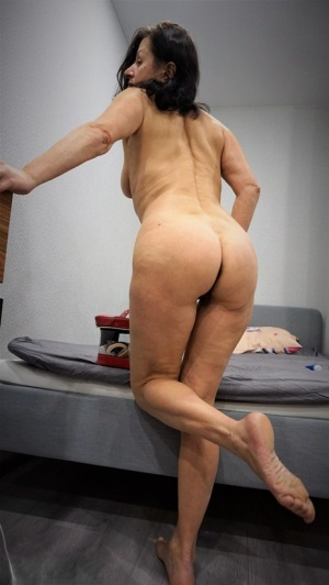 Tanned barefoot mature nudes