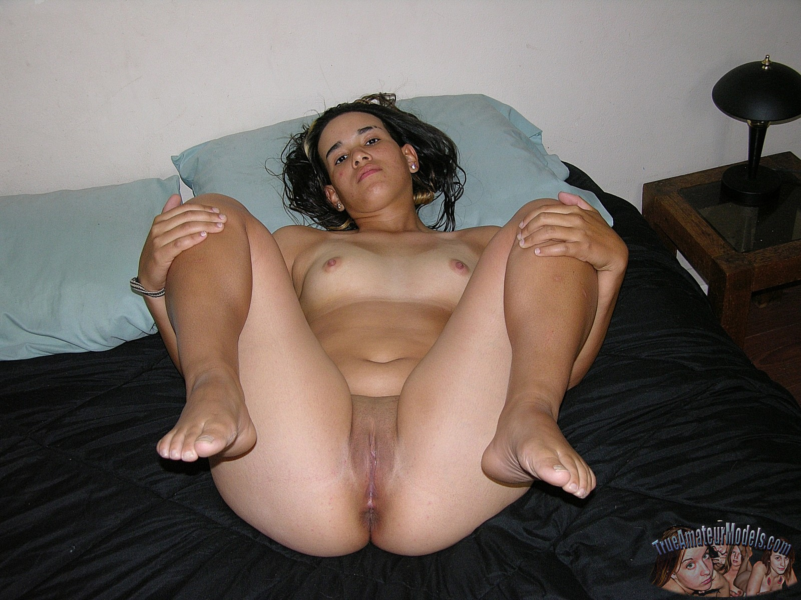 nude amature in stockings