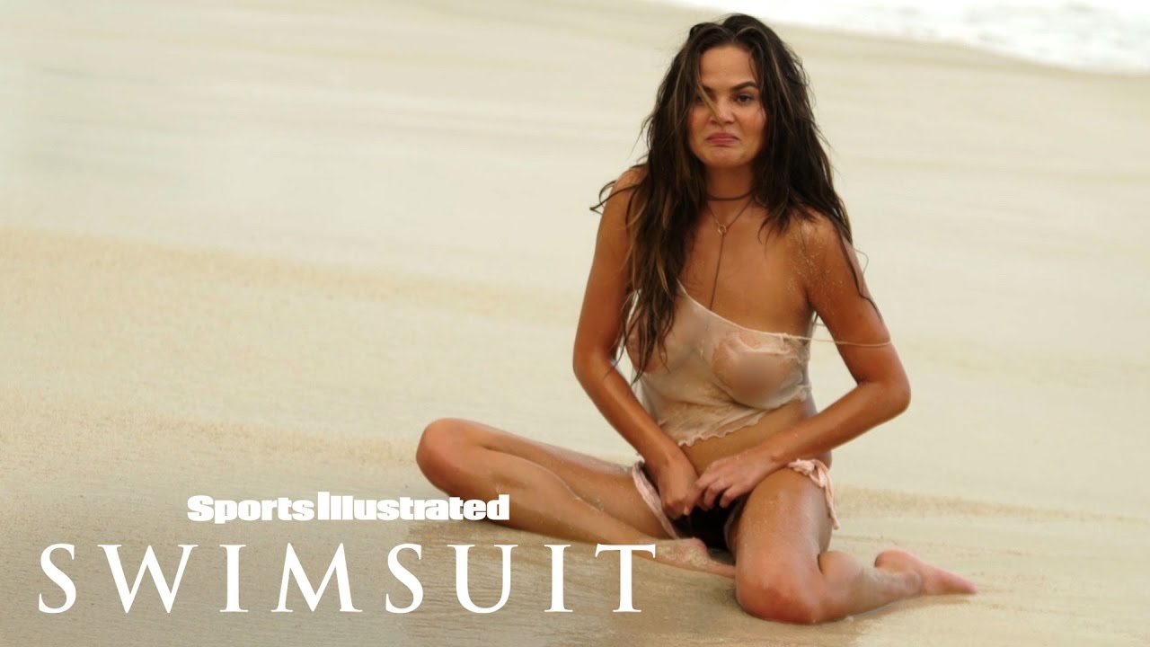Hottest nude swimsuit bloopers
