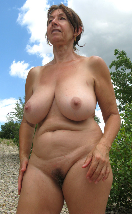 Naked mature lover